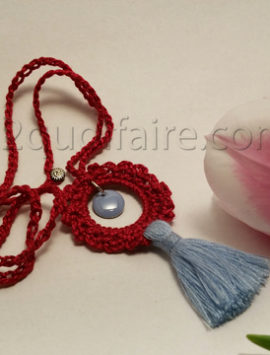 collier rouge-bleu