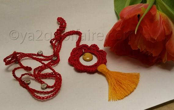 collier rouge-orange