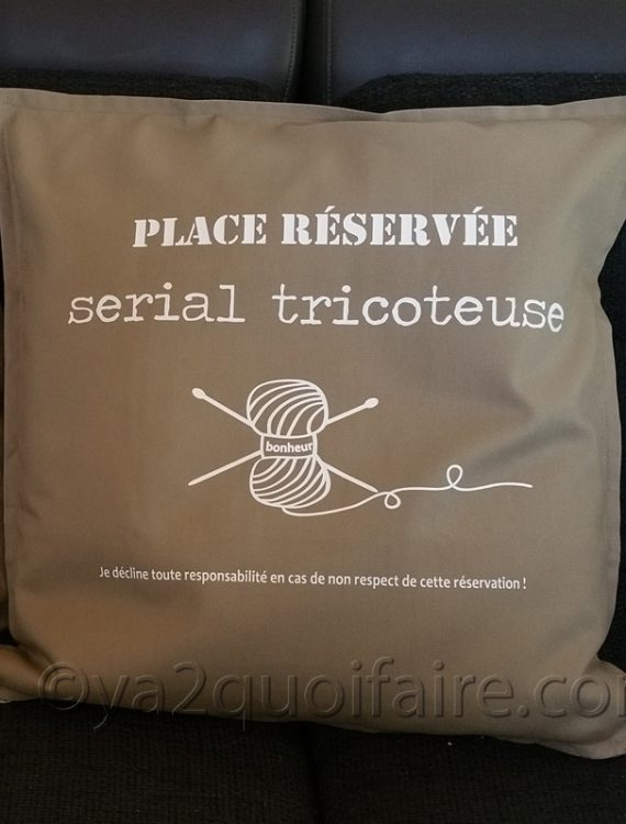 serial tricoteuse