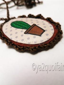 collier cactus brun